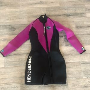 "Other - Henderson ""Islander"" Women's 3mm Short Wet Suit"